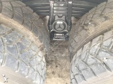 Vedeţi fotografiile Betoniera Mercedes ACTROS 3332