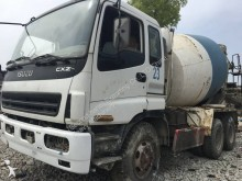 Vedeţi fotografiile Betoniera Isuzu CYZ USED ISUZU Concrete Mixer 8MS 10M3 15M3 12M3