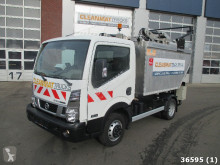 Nissan Cabstar camion raccolta rifiuti usato