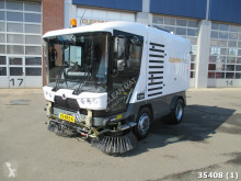 Ravo road sweeper 580