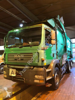 MAN TGA 26.360 Überkopflader 1 Hd Dfzg. used waste collection truck