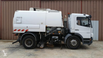 Mercedes Atego 1318 used road sweeper