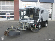 Ravo road sweeper 540 ST with 3-rd brush