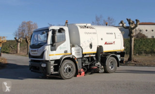 Bucher Schoerling CityFant 6000 camion balayeuse occasion