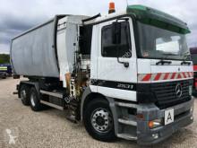 Mercedes Müllfahrzeug