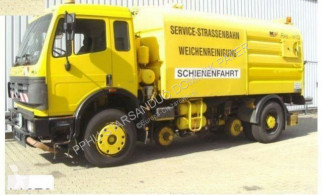 Mercedes SK 1820 4x2 Schienenreinigungs Kehrmaschine RAIL used road sweeper