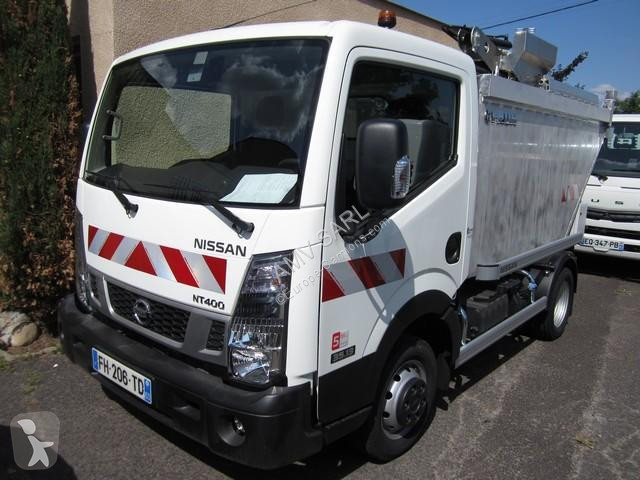 View images Nissan NT400 road network trucks