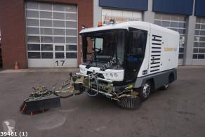 Подметально-уборочная машина Ravo 540 STH met 3-de borstel