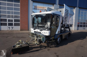 Ravo 540 CD with 3-rd brush used road sweeper