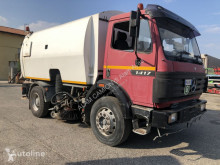 Mercedes 1417 used road sweeper