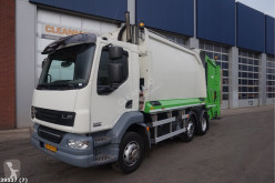 Maquinaria vial DAF LF 220 camión volquete para residuos domésticos usado