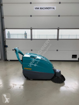 Kobra STH Veegmachine used sweeper-road sweeper