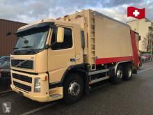 Maquinaria vial camión volquete para residuos domésticos Volvo fm 340. 6x2