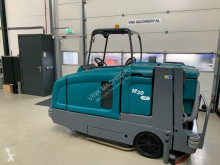 Tennant M30 veeg/schrobmachine used sweeper-road sweeper