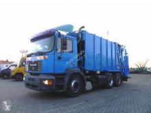 Camion benne à ordures ménagères MAN F2000 FE 310 A Müllwagen Schörling, Schüttung