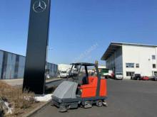 Maquinaria vial Hako Hakomatic B 1100 / nur 195h! / 2013 camión barredora usado