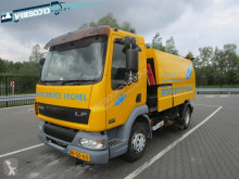 DAF road sweeper Veegwagen