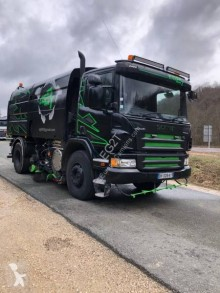 Scania P 280 camion spazzatrice usato