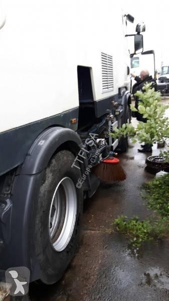 Voir les photos Engin de voirie Scania G 400