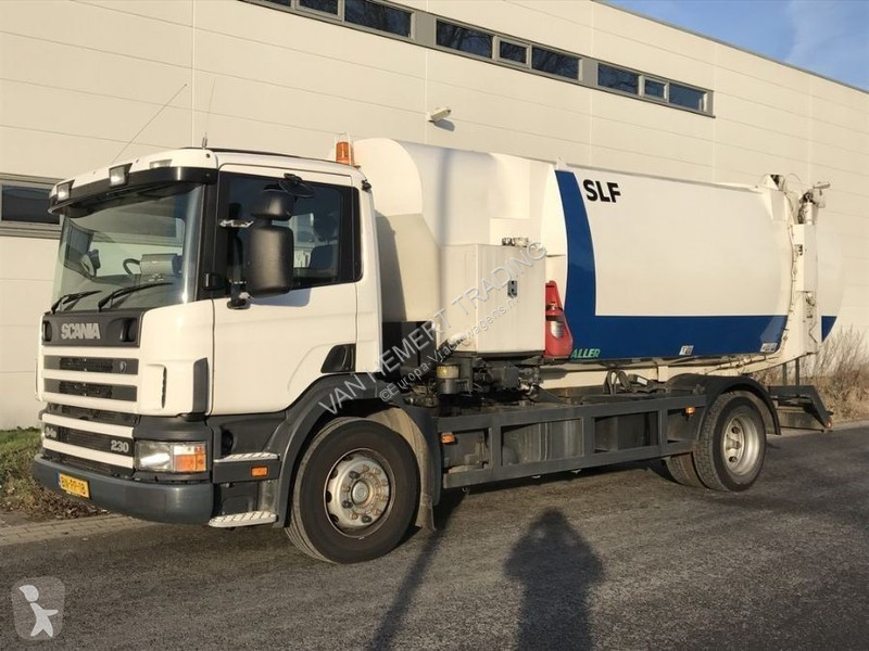 Voir les photos Engin de voirie Scania P 94
