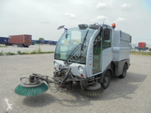 Camion balayeuse Bucher Schoerling CITY CAT