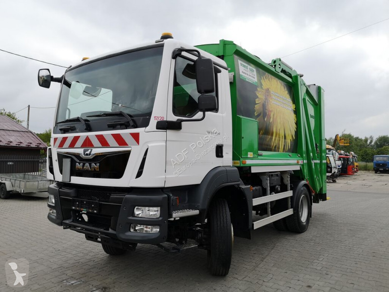 Voir les photos Engin de voirie MAN TGM 13.250 4x4 garbage truck, mullwagen