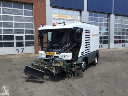 Ravo 5-SERIES 580 with 3-rd brush tweedehands veegwagen