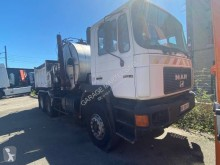 MAN road sweeper 33.332