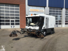 Camion spazzatrice Ravo 540 with 3-rd brush