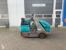 Tennant S20 Veegmachine used sweeper-road sweeper