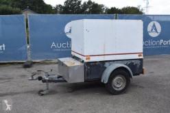 Maquinaria vial camión de limpieza usado nc KF13