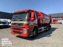 Camion benne à ordures ménagères occasion Volvo FM9