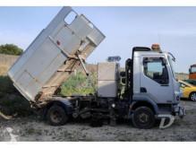 camion balayeuse DAF