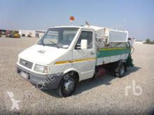 Camion benne à ordures ménagères Iveco Daily