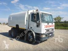 Iveco Eurocargo camion balayeuse occasion