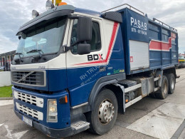 Volvo sewer cleaner truck FM9