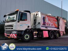 Maquinaria vial DAF CF 75.250 camión volquete para residuos domésticos usado