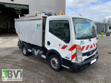 Nissan Cabstar 110.35 used waste collection truck