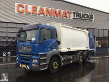 Maquinaria vial MAN TGA 26.310 camión volquete para residuos domésticos usado