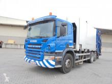 Maquinaria vial Scania PRT 310 camión volquete para residuos domésticos usado