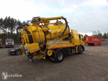 Maquinaria vial Renault 2005 WUKO HUWER do zbierania odpadów płynnych camión limpia fosas usado