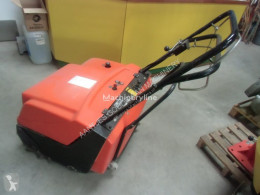 Nr. 3056 Accu veegmachine used sweeper-road sweeper