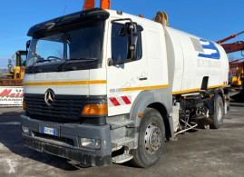 Mercedes a1828n camion balayeuse occasion
