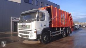 Camion benne à ordures ménagères Volvo FM9