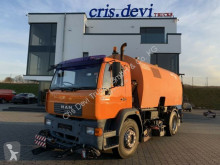 MAN LE 280 B 4x2 Bucher Schörling - Optifant 70 Auf camion balayeuse occasion