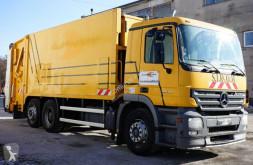 Mercedes Actros 2532 camión volquete para residuos domésticos usado