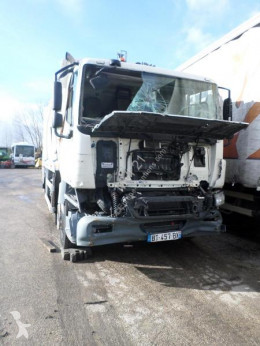 DAF CF75 310 damaged waste collection truck