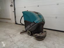 Koop schrobmachine/poetsmachine used sweeper-road sweeper