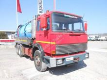 Camion hydrocureur Iveco 180.26