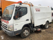Mitsubishi Canter 7C18 used road sweeper